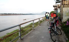 Cycling along the Mekong River Chiang Khan Loie
